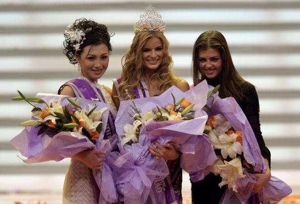GUANGZHOU, CHINA - APRIL 9:  (CHINA OUT)  Miss Costa Rica Leonora Jimenez Monge (C), Miss Russia Eugeniya Lapova (R), and Miss China Zhang Liru pose for pictures at the 36th Miss Asia Pacific International Pageant on April 9, 2005 in Guangzhou of Guangdong Province, south China. Miss Costa Rica Leonora Jimenez Monge won the champion, Miss Russia Eugeniya Lapova and Miss China Zhang Liru got the second and third place.  (Photo by China Photos/Getty Images)